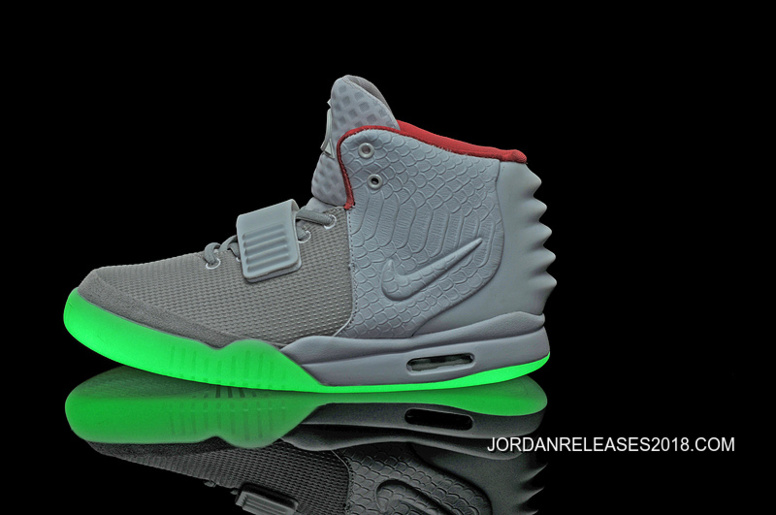 reputable site 01e75 e2e81 Nike Air Yeezy 2 Wolf Grey Pure Platinum Glow In The Dark 2018 Outlet